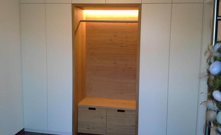 Garderobenschrank bei Schreinerei Summer GmbH bei Kaufbeuren